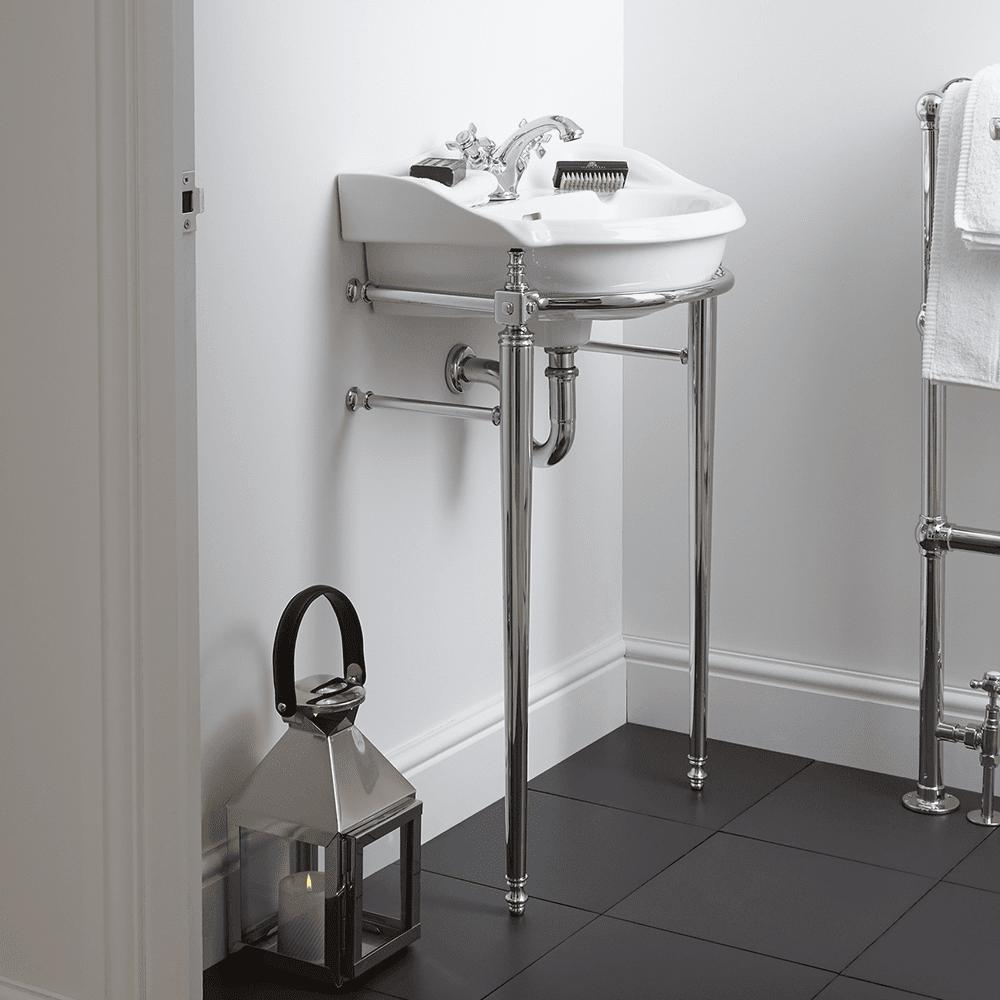 Oxford/Drift Cloak Basin Stand with Towel Rail